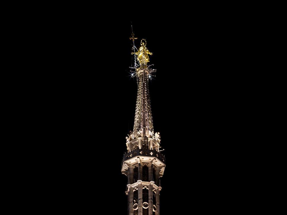 Madonnina del duomo nuova luce per il simbolo di milano news